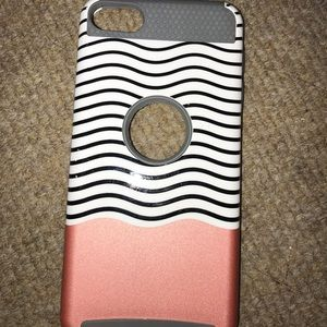Accessories - ipod pink/striped case